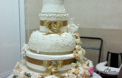 Свадебный торт с цветами Анна Свит