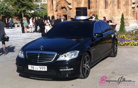 Автомобиль с водителем для свадьбы Mercedes S class