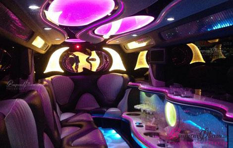 Стильный салон свадебного лимузина мерседес гелендвагена