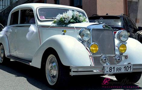 Ретро автомобиль мерседес для свадьбы