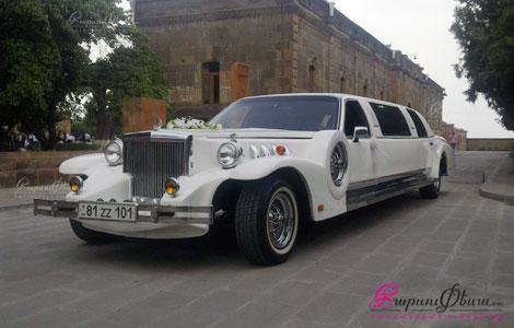 Հարսանեկան մեքենա՝ ռետրո Ռոլլս-Ռոյս լիմուզին