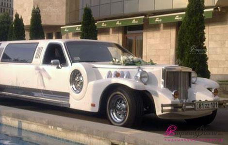 Машина для аренды на свадьбу - ретро лимузин Роллс-Ройс