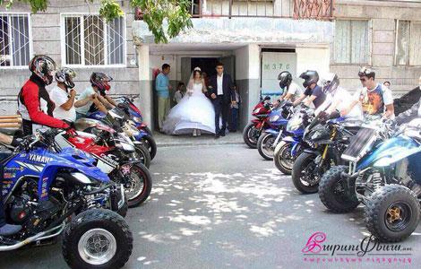 Свадебный мотоэскорт для жениха и невесты | Мото кортеж, сопровождение на свадьбе