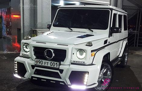 Mercedes G class սպիտակ գույնի հարսանյաց հանդեսի համար