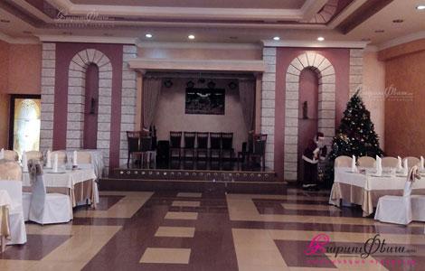 Интерьер банкетного зала Этна для проведения свадеб и других торжеств