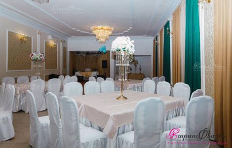 Ресторанный комплекс Тун Киликио - интерьер банкетного зала