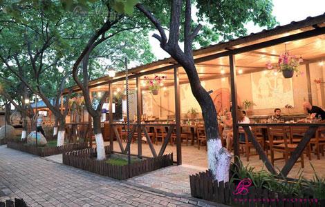 Տուն Կիլիկիօ ռեստորանի բակ - ամառային սրահ հարսանիքի համար