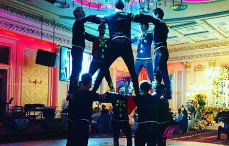 Khachatryan Dance Show - Berd par harsaniqin
