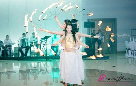 Лианна Хачатрян - свадебное шоу программа - восточный танец с огнем