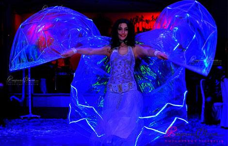 Հարսանիքին ԼԵԴ շորերով պարային համար Լիաննա Խաչատրյանի մասնակցությամբ
