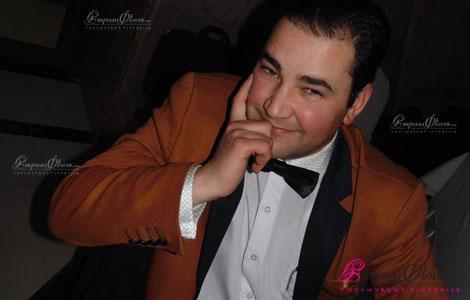Армянский тамада Гуг Мкртумян на свадебном банкете
