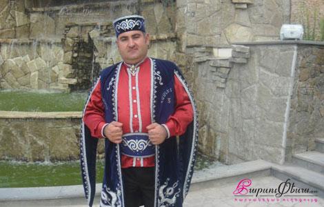 Tamada harsaniqin Hamlet Maghakyan