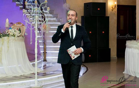 Актер и тамада на свадьбу Карен Симонян открывает свадебный вечер