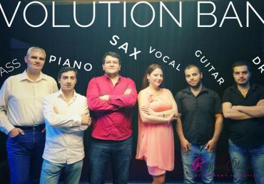 EVOLUTION BAND