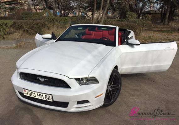 WEDDING CARS - MUSTANG